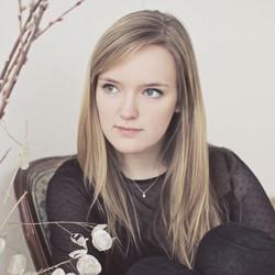 Sarah Troy