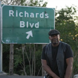 RICHARD GRIFFIN / RICHARDS BLVD