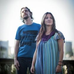 Estrela Leminski e Teo Ruiz