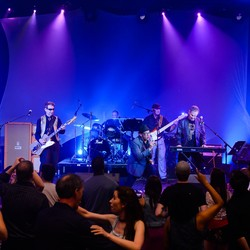 Rockin' Pneumonia band