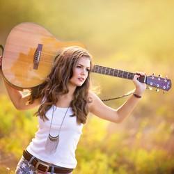 Taylor Loren