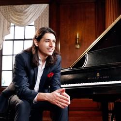 Chris Urquiaga