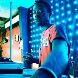 T-Roc The DJ