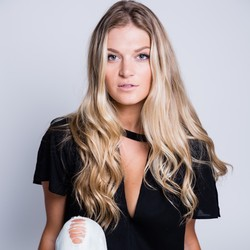 Jillian Steele