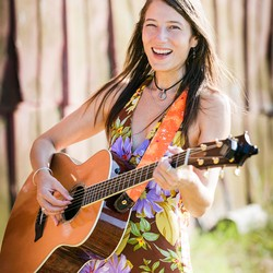 Robyn Landis