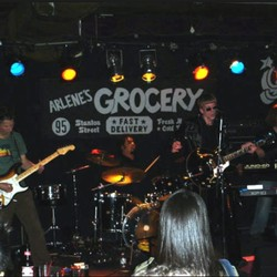 PLAY: Arlene's Grocery - NYC (Dec/Jan)