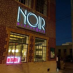 PLAY: NOIR Bistro & Bar (OK)  May