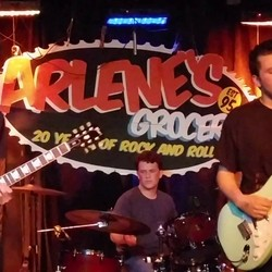 PLAY: Arlene's Grocery - NYC (Summer)