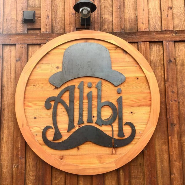 PLAY: Alibi Ale Works - Truckee Public House (CA) Winter