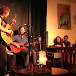 PLAY: Cafe Deux Soleils (CAN)