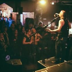 PLAY: Gussy's Bar Music Venue (NYC) - Fall