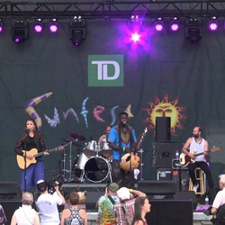 PLAY: Sunfest (Can)