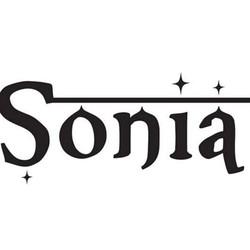 PLAY: Sonia in Cambridge, MA (Fall/Winter)