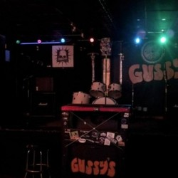 PLAY: Gussy's Bar Music Venue (NYC) Spring