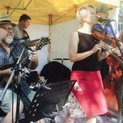 PLAY: Bixby Knolls Farmers' Market (LA) Summer