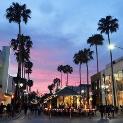PLAY: Third Street Promenade (CA)