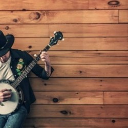 RADIO: Looking for REAL Country Music (Fall)