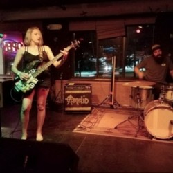 PLAY: Bungalow Bar & Grill (NH) Fall