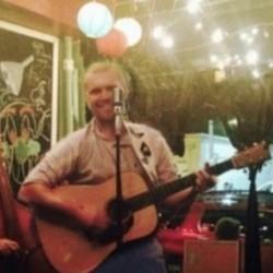 PLAY: The Free Man Lounge (TX)