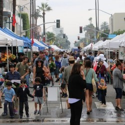 PLAY: Long Beach Southeast Farmers' Market (LA)