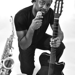 Lester McLean (Solo Artist)