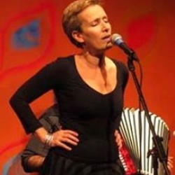 Sanda Weigl
