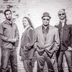 Airliner Blues Band