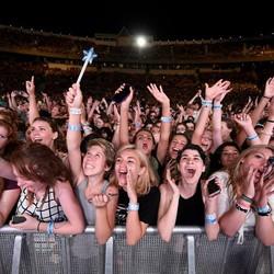 PLAY: Billboard Hot 100 Festival