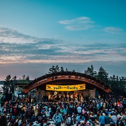PLAY: Folk On The Rocks 38th Annual Music Festival (CAN) - July