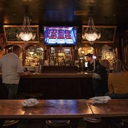 PLAY: St Patrick's Day @ Ri Ra Irish Pub (VT)