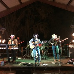 PLAY: The Bonfire Texas Music Festival Gone to the Dogs